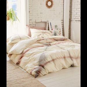 Urban Outfitters Tie Dye Duvet Cover and Shams